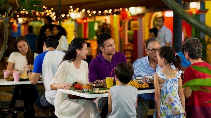 Food tour of Singapore